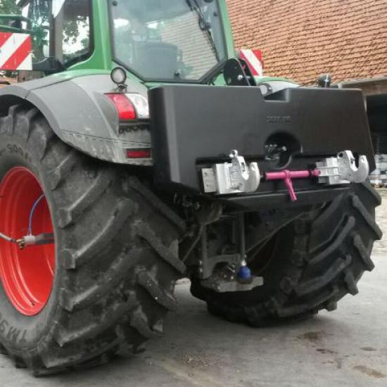 Pick-Up_2000kg_Fendt